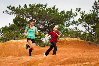 Girls on the (Trail) Run   Trail Runner Magazine