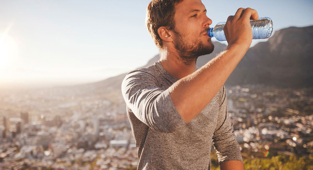Ask the Coach: How Much Should I Hydrate During a Run?