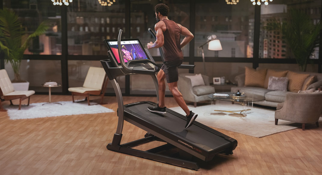 TRAIL TIPS: One Great Trick To Stop Hating The Treadmill