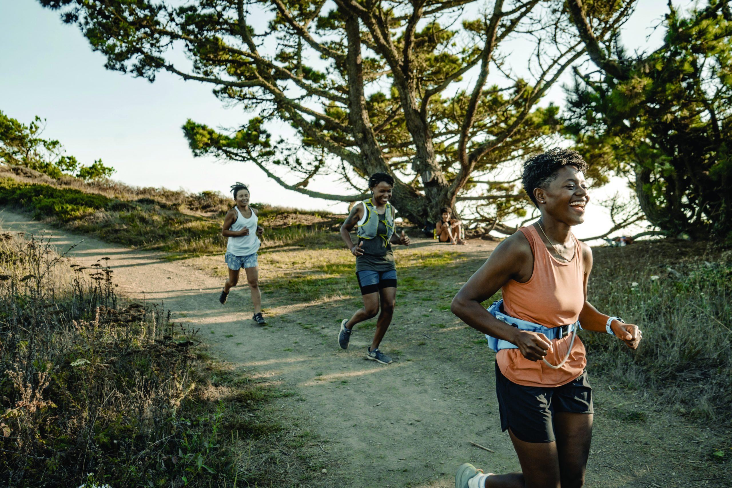LBlount 20200907 OaklandTrailCrew 40 1 scaled Juntos corremos | Revista Trail Runner